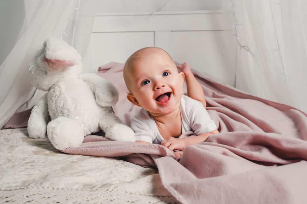 bebés-y-purificador-de-aire-para-el-hogar